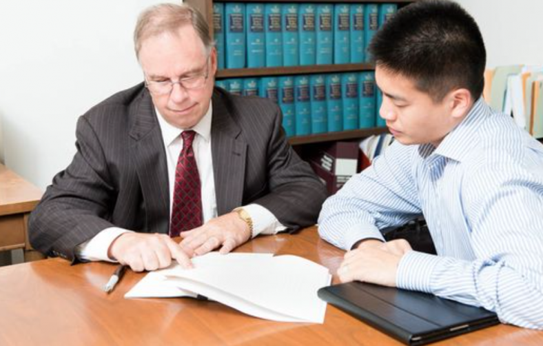 Tips For Choosing An Immigration Lawyer Near Me.